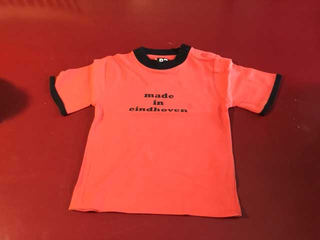 Baby t-shirt made in eindhoven rood